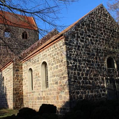 Badingen Kirche
